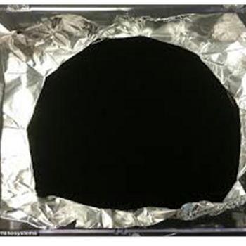 「世界一黒い物質」、英企業が開発.JPG